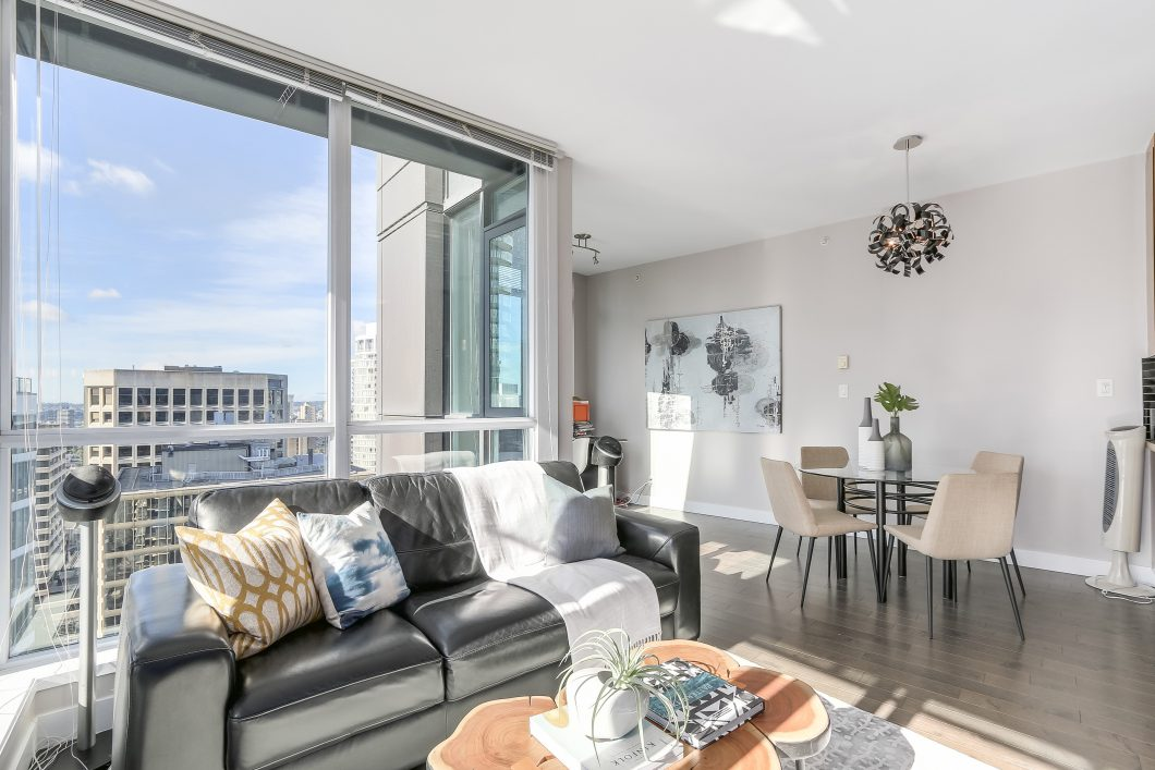 amy leong, amy leong realtor, yvr4sale, brian higgins, colton higgins, coal harbour real estate, vancouver real estate, coal harbour condo